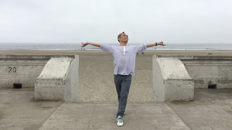 Beach - waacking pose 1