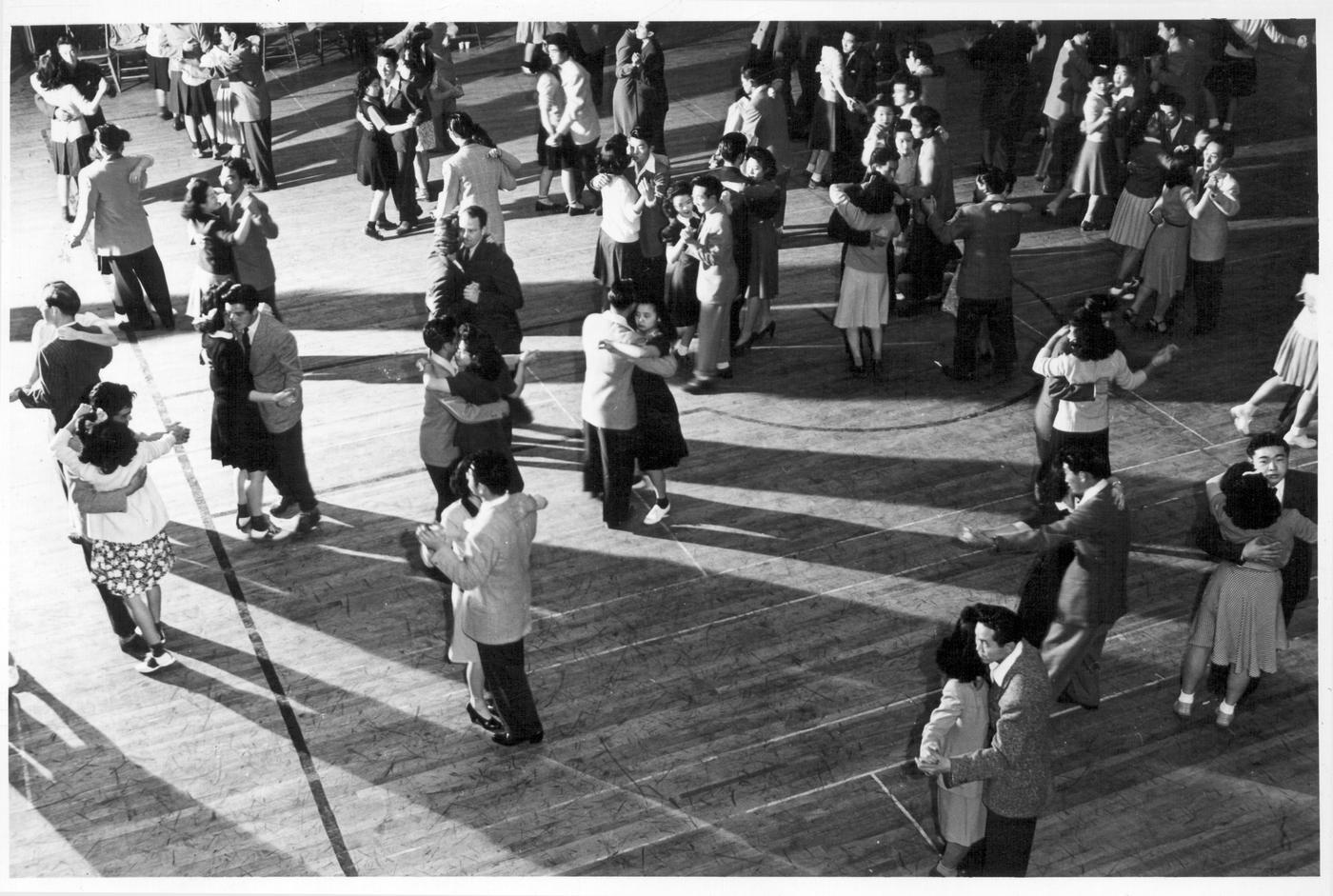 Japanese americans social dancing