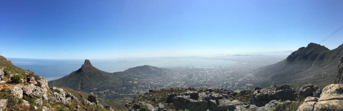 Table mountain hiking view-1200